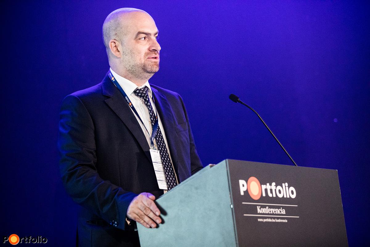 Bán Zoltán a Portfolio vezérigazgatója nyitotta meg a rendezvényt és köszöntötte a vendégeket