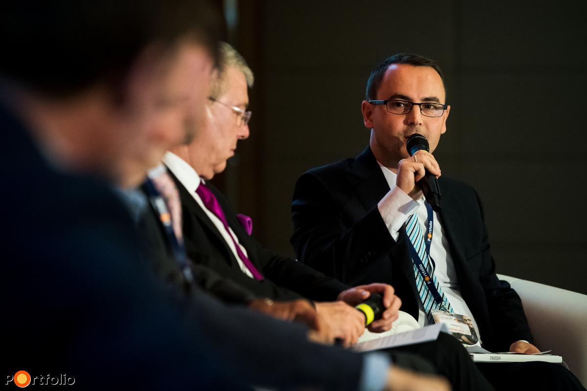 Weinhardt Attila, vezető elemző, Uniós Források rovatvezető, Portfolio