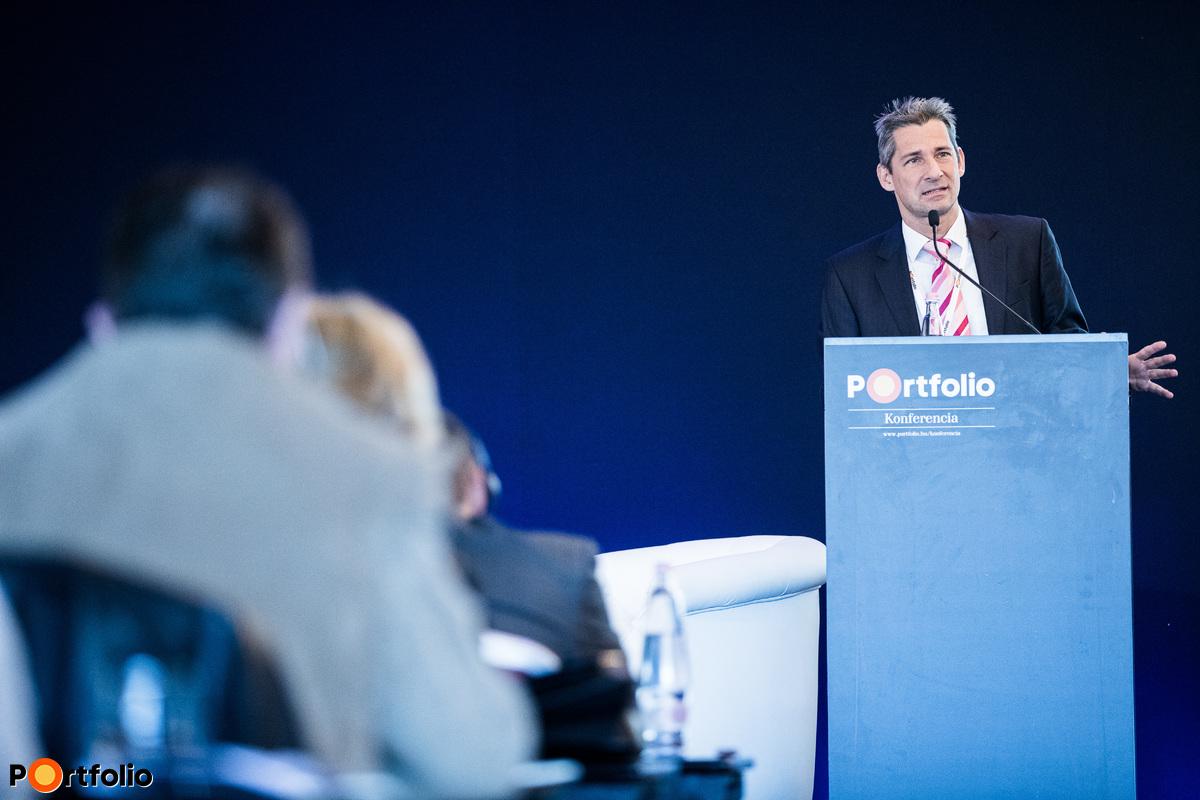 Végh Attila (Former CEO, Chairman, Capio and Penta Hospitals International, Medinet and Doctorlink, London, UK): Az európai magánegészségügyi szolgáltatók piacának főbb trendjei