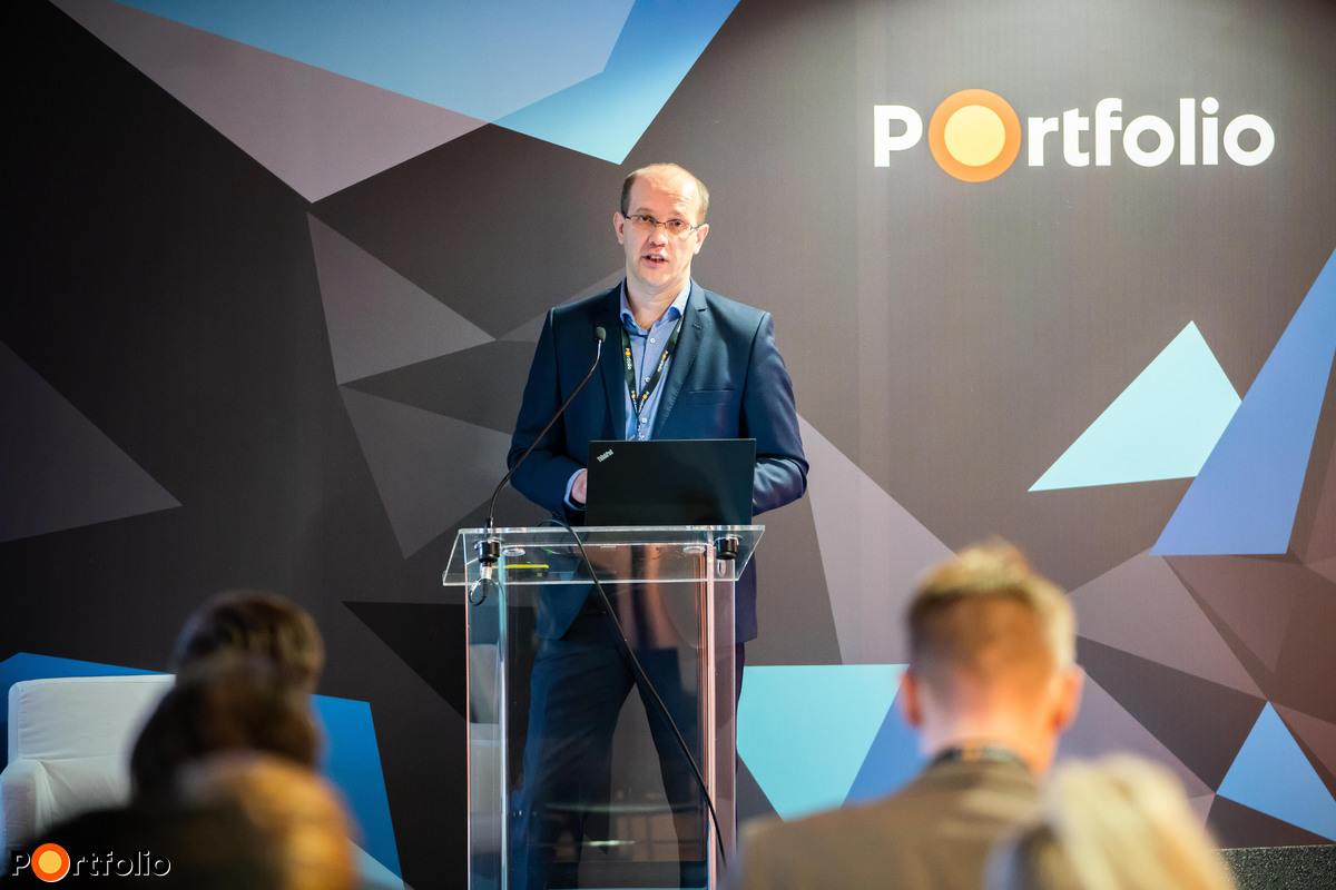 Lenzsér Péter (Senior Presales Specialist, SAP): Az intelligens vállalat ERP rendszere – bevezetés felgyorsítva hibrid modellben