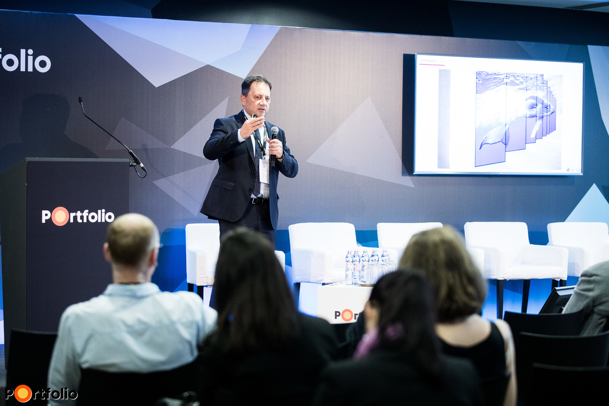 Klemencz Mihály (Regional Sales Manager - Business Solutions, LG Electronics Magyar Kft.): Digitális kijelzők a 21. századi irodákban