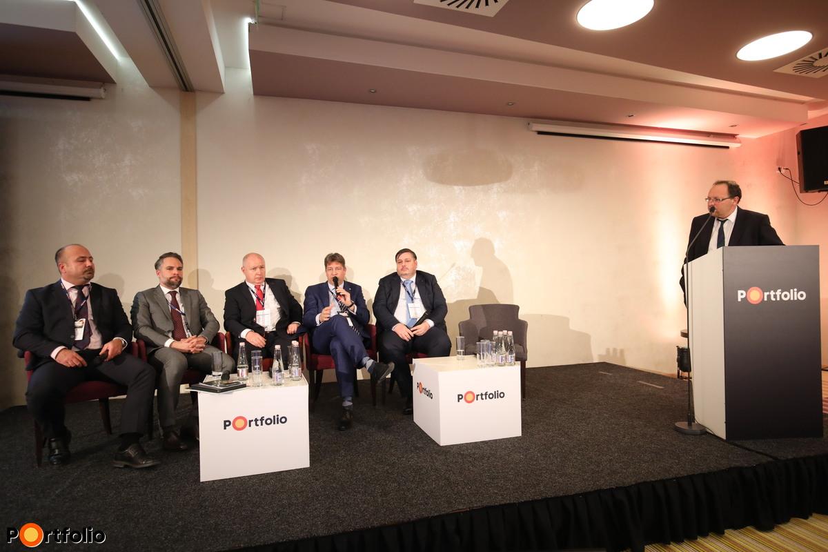 Kerekasztal-beszélgetés: Innovatív és hatékony takarmányozási megoldások – Precíziós takarmányozás, takarmányoptimalizálás, takarmányárak