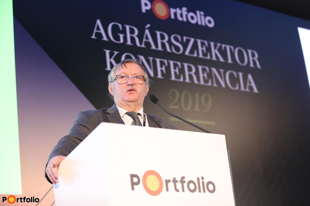 Ledó Ferenc (elnök, FruitVeB): Évértékelés: Őrült időjárás - Kevesebb gyümölcs, több zöldség a kertészetben