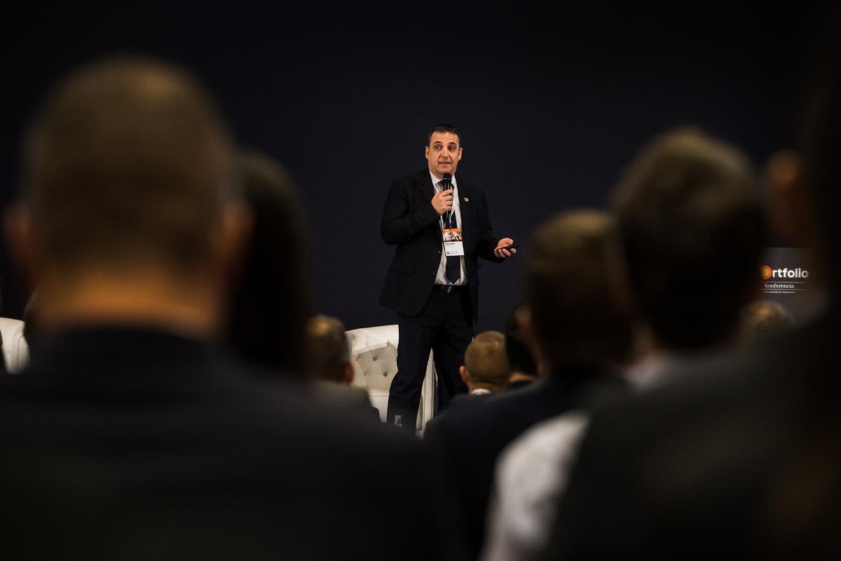 Tóth László, Department Manager / Promotion Department, TAKENAKA - 410 év Megbízhatóság és Innováció az építőiparban