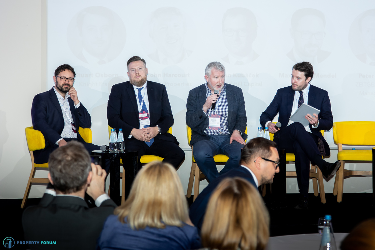 Investment panel: Maximilian Mendel (JLL), Peter Noack (ZEITGEIST), John Harcourt (Kajima Properties) and Stuart Osborn (Knight Frank)