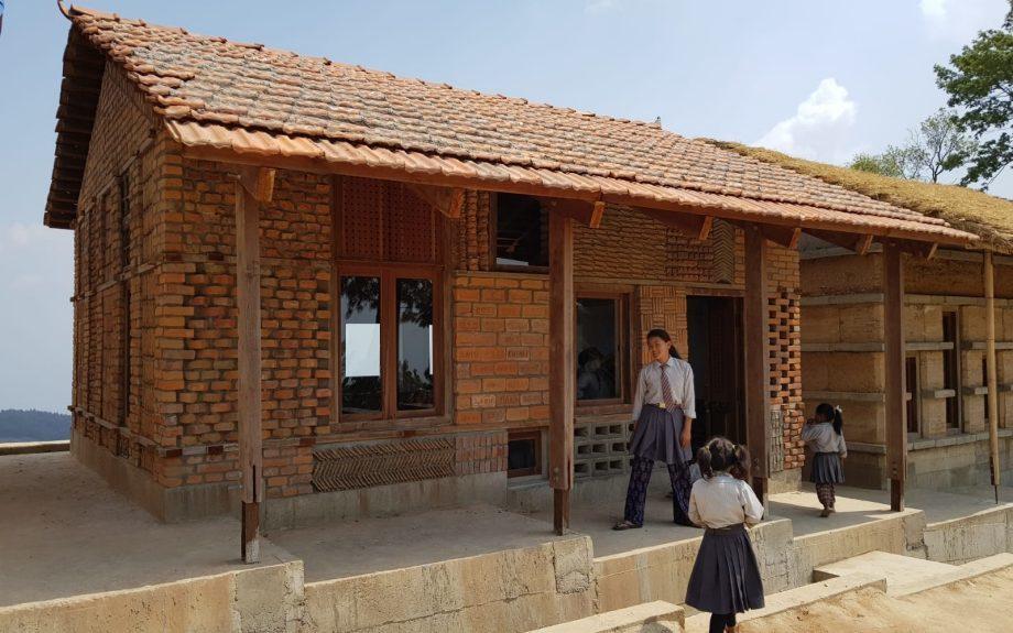 Supertecture - Earthquake Brickschool, Nepál, fotós: Elek Fogarassy