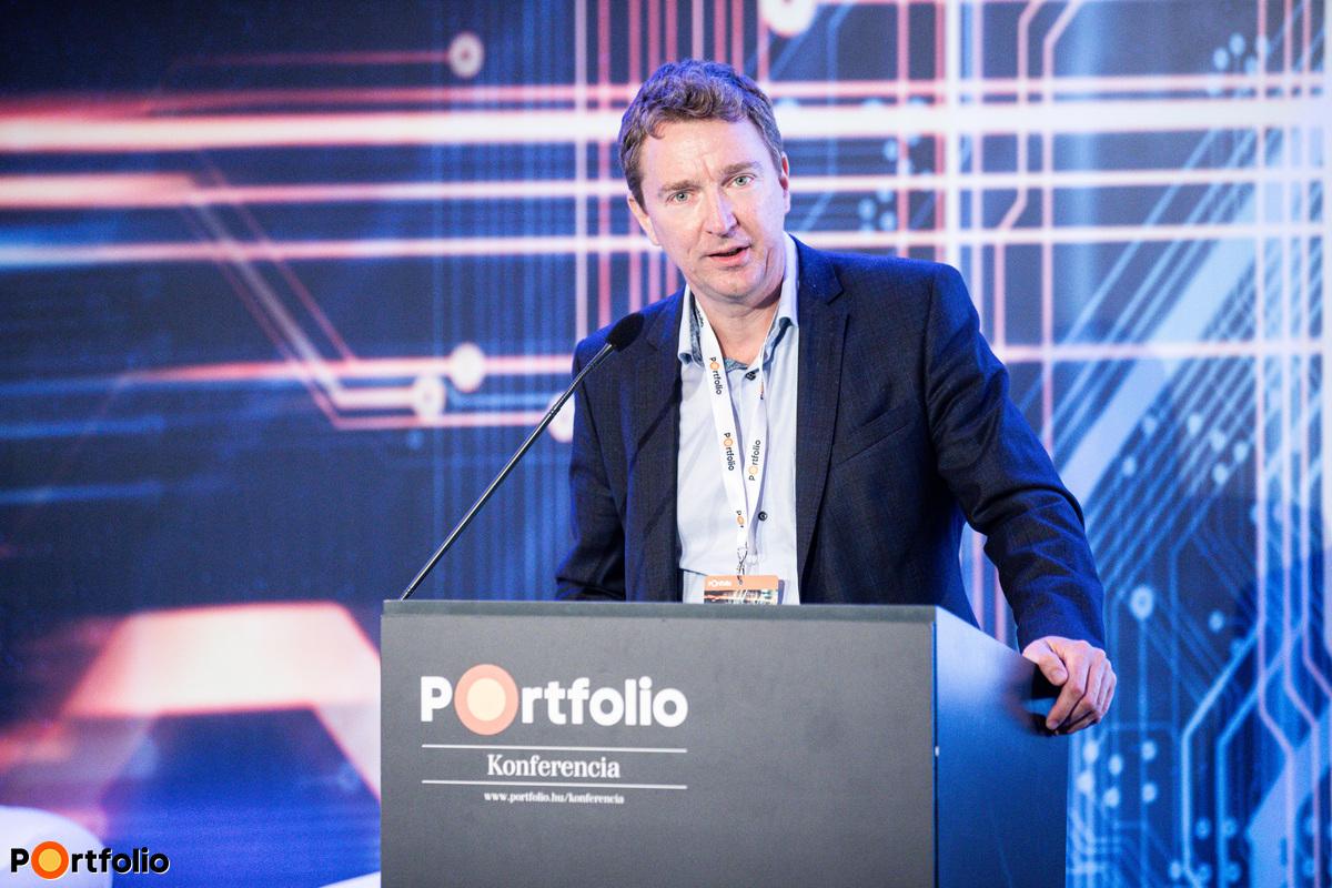 Schenk Tamás (Partner, Strategy & Operations, Deloitte Digital): Panelfelvezető előadás