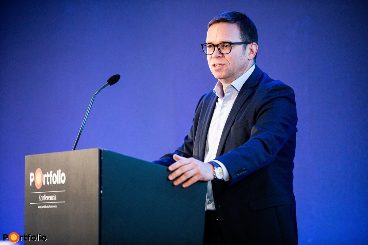 Fürjes Balázs (Budapestért és a fővárosi agglomeráció fejlesztéséért felelős államtitkár, Miniszterelnökség): Kormányzati politika a jövő élhető és lakható Budapestjéért