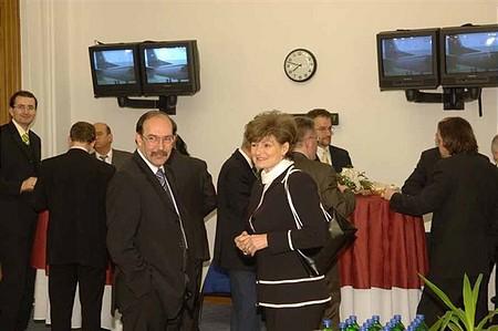 Fogadás a vita előtt: Horváth Zsolt, Hardy Ilona