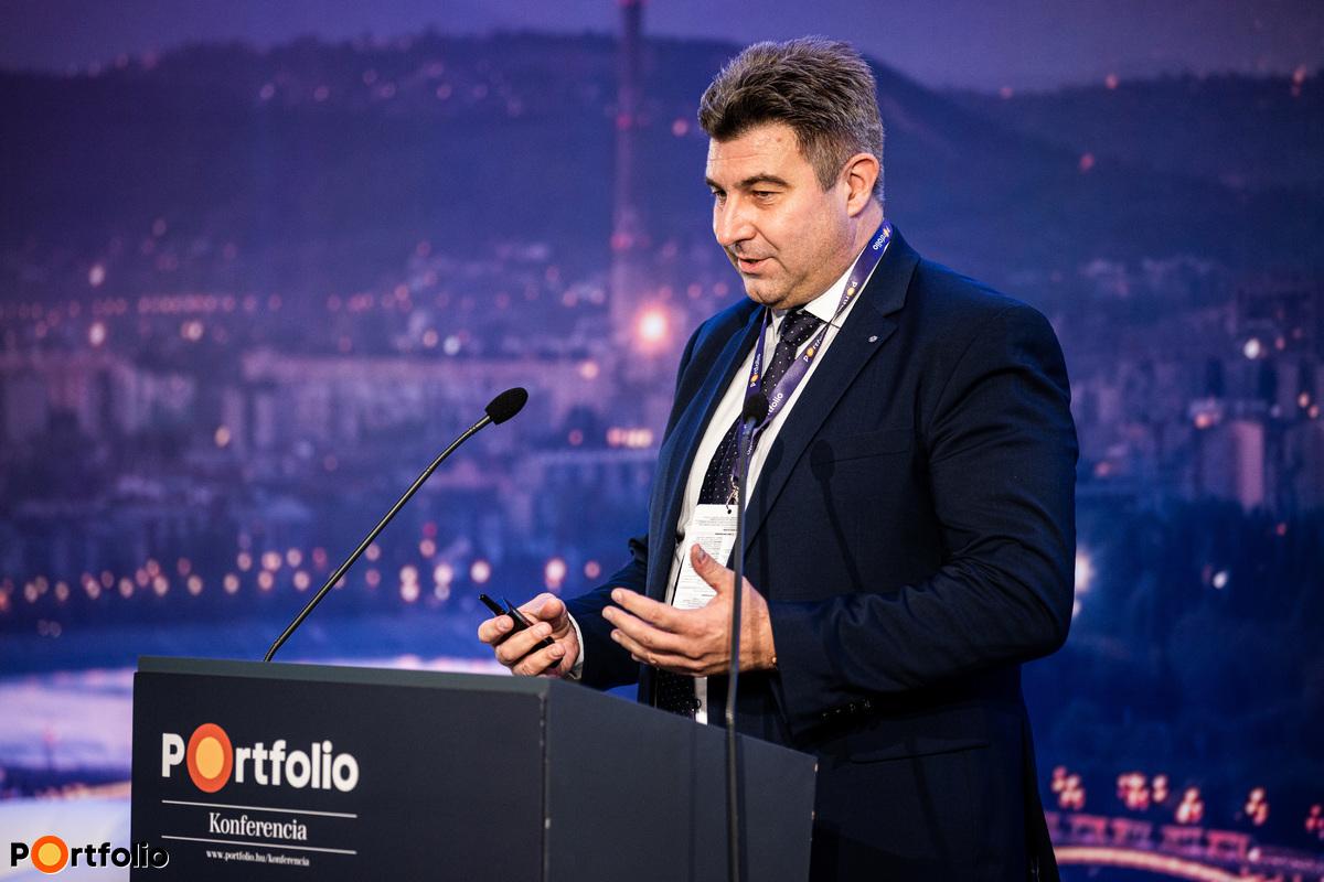 Bertalan Sándor (KKV hálózat és Vállalati Értékesítés-fejlesztés és Támogatás vezetője, Takarékbank): Kkv-viselkedési minták a covid alatt banki szemmel