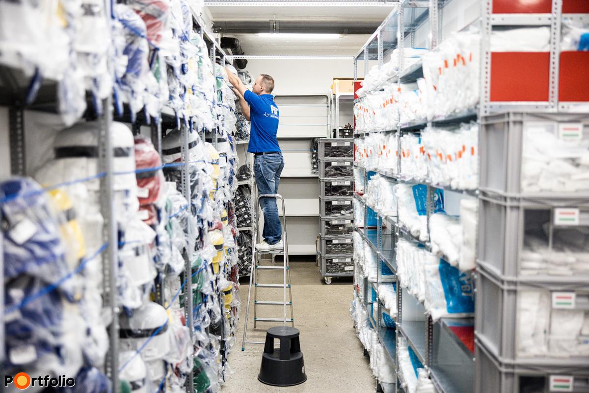Több országban is PBT márkanév alatt működő, kizárólagos képviseleten keresztül értékesítenek.