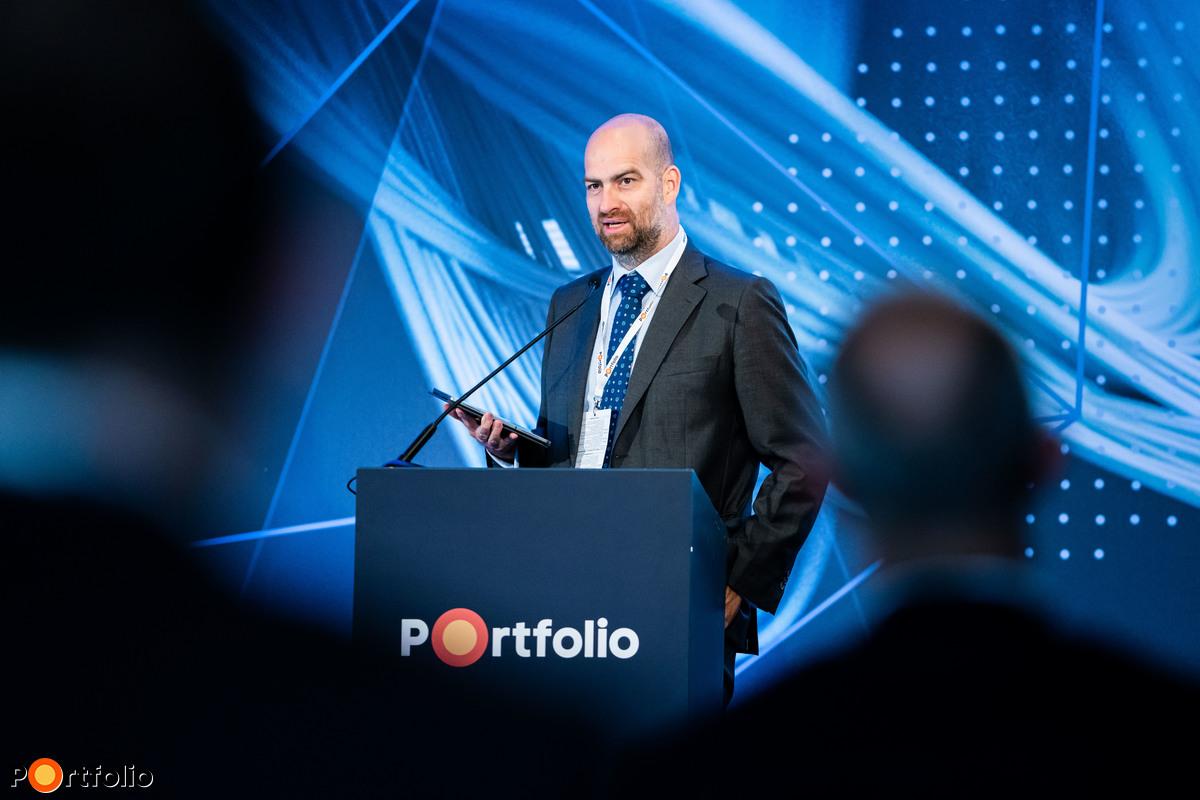 Bán Zoltán, a Net Média Zrt. vezérigazagtója köszöntötte a vendégeket.