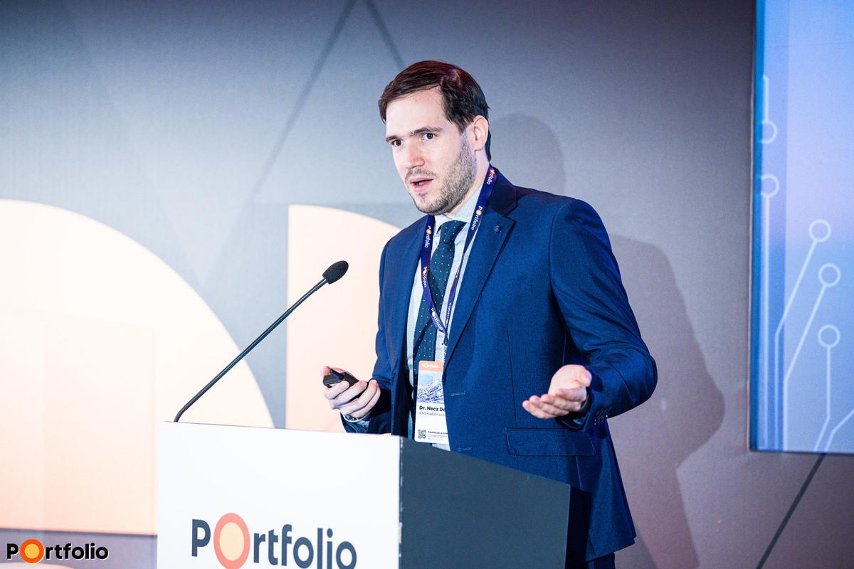 Dr. Necz Dániel (ügyvéd, PhD hallgató, a MI Koalíció szakértője): Mesterséges intelligencia a bankszektorban – Mire használhatjuk a technológiát?