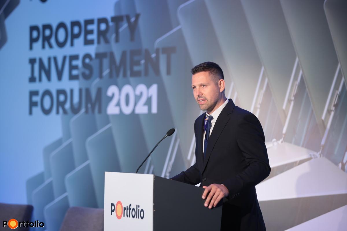 Ditróy Gergely a Portfolio ingatlandivízió-vezetője köszöntötte a vendégeket a konferencián