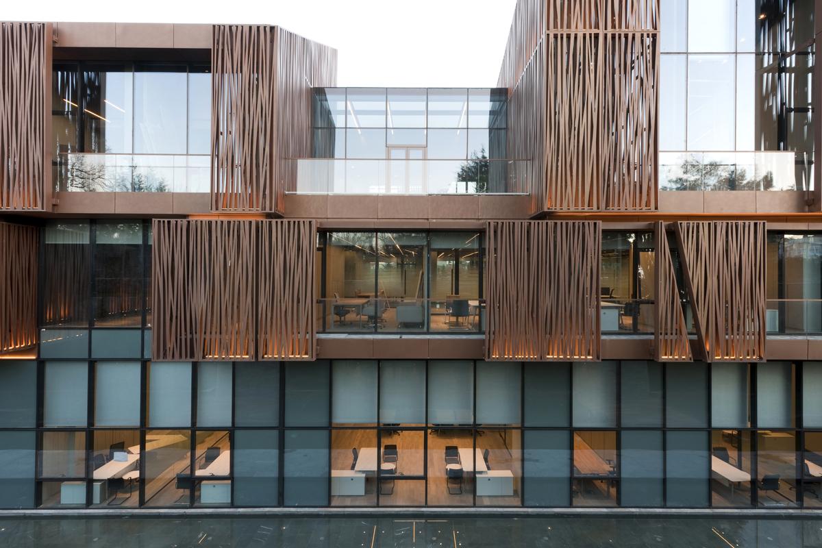 A legjobb irodaház: Selcuk Ecza HQ (Isztambul, Törökország)