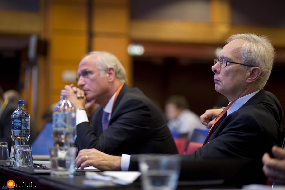 Volt MNB-elnökök egymás mellett: Surányi György balra és Bod Péter Ákos.