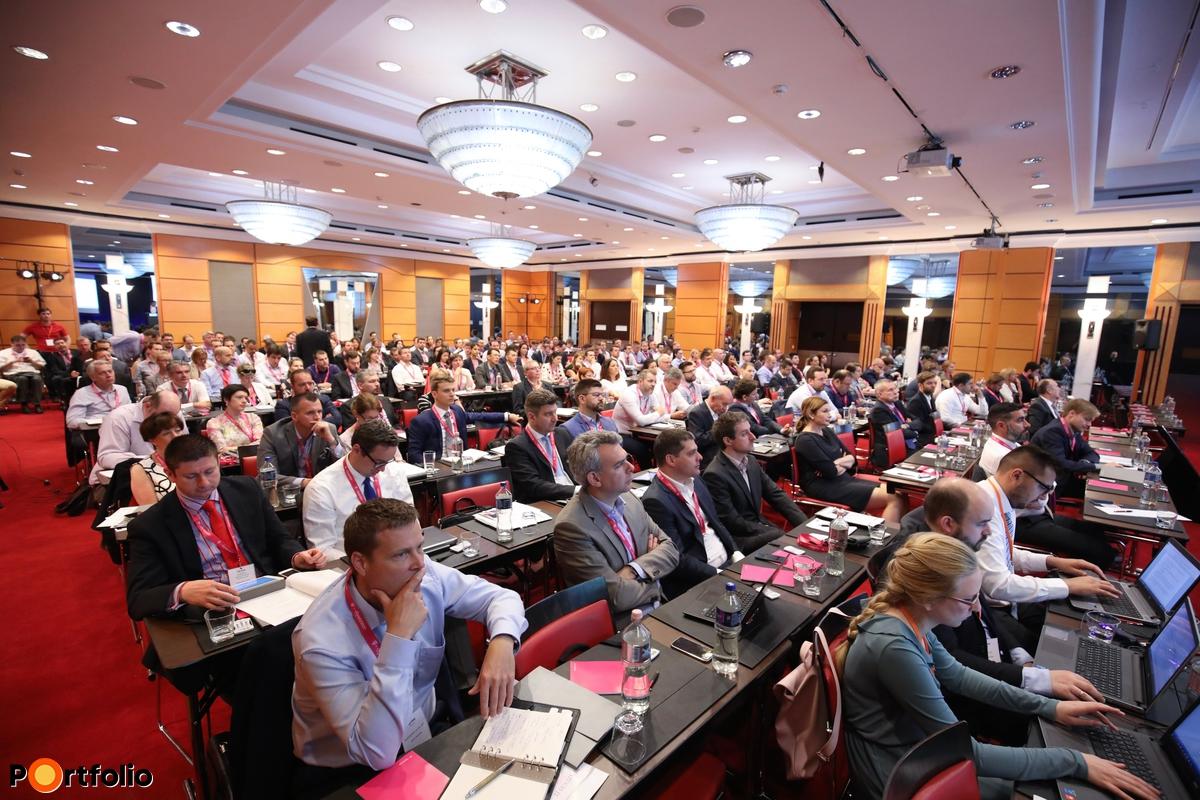 Teltház a Portfolio Pénzügyi IT 2017 konferencián