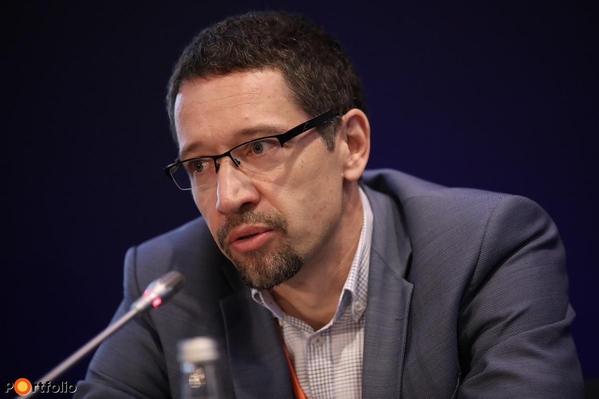 Dr. Schiszler István, ügyvezető igazgató, Duna Medical Center