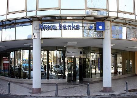 ... a bankon még Nova Banka