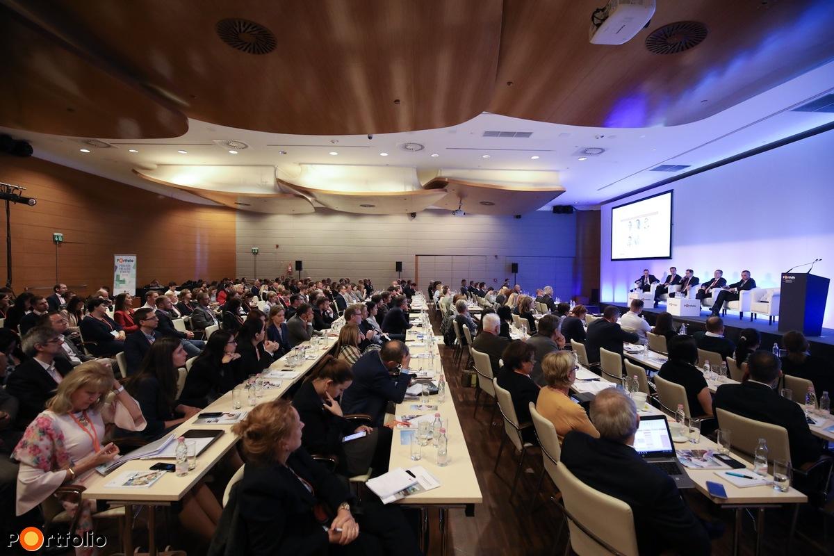 II. szekció panelbeszélgetés: Miből és hogyan finanszírozható a magyar egészségügy?